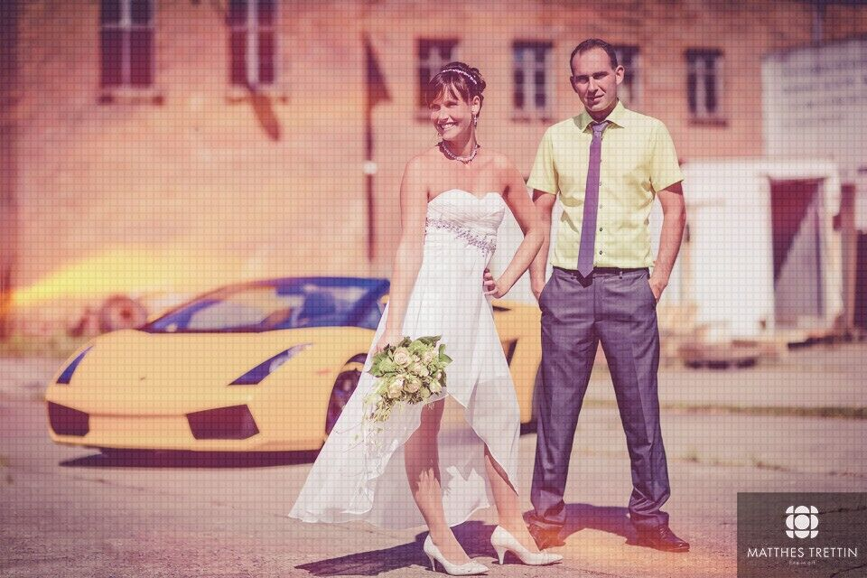HOT CAR & WEDDINGPHOTOGRAPHY